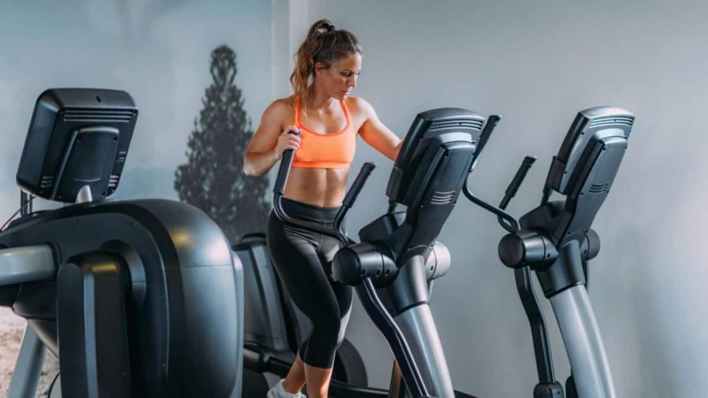 How To Build Muscle & Tone With a Cross Trainer