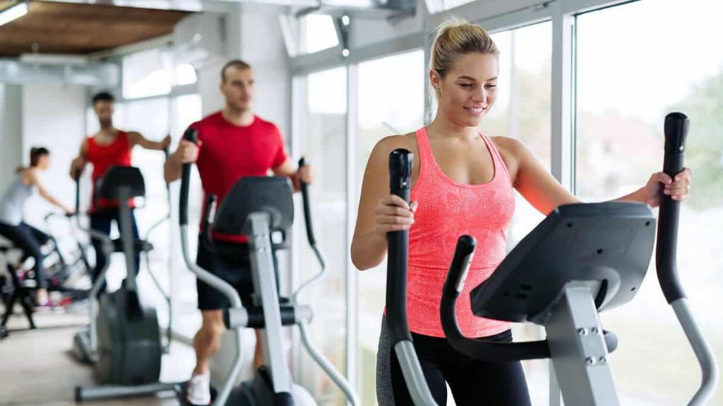 How To Use a Cross Trainer The Right Way