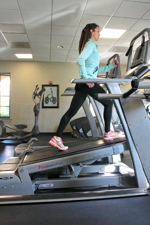 Incline Workouts For You To Try On Your Treadmill