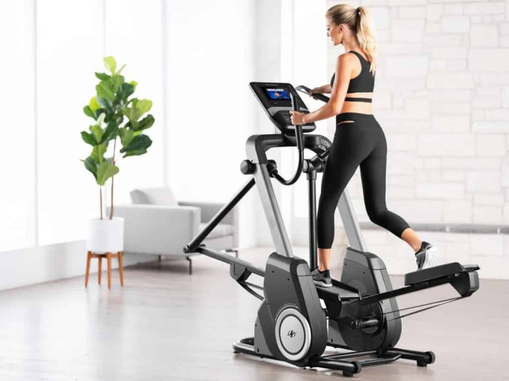 The Benefits Of Working Out With a Cross Trainer Regularly